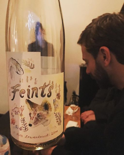"winy.tokyo on Instagram: ""Feints 2017 / Ruth Lewandowski Wines (Evan Lewandowski) - Utah, U.S. (Arneis 45%, Dolcetto 25%, Barbera 15%, Nebbiolo 15%) フェインツ 2017 /…"" (14074)"