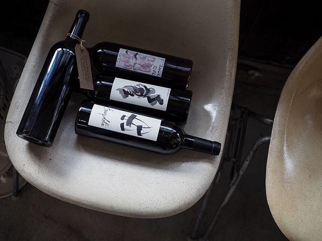 """tomohiro sakata on Instagram: """". 【ワインガイド更新!】 . フランス ラングドックから【レスカルポレット】の新着です。 今回入荷は4アイテムです。 バッド・ボーイズなどは暖かくなってきたこれからの時期にぴったりのワインです。 . ○バッド・ボーイズ 2017 [赤] (グルナッシュ ブラン、グルナッシュ…"""" (14673)"""