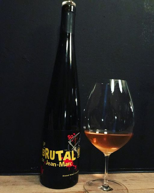 "winy.tokyo on Instagram: ""Le Brutal de Jean Marc 2017 / Les Vins Pirouettes (Christian Binner) - #Alsace, #France (#Riesling, #Gewurtztraminer, #Auxerrois)…"" (14719)"