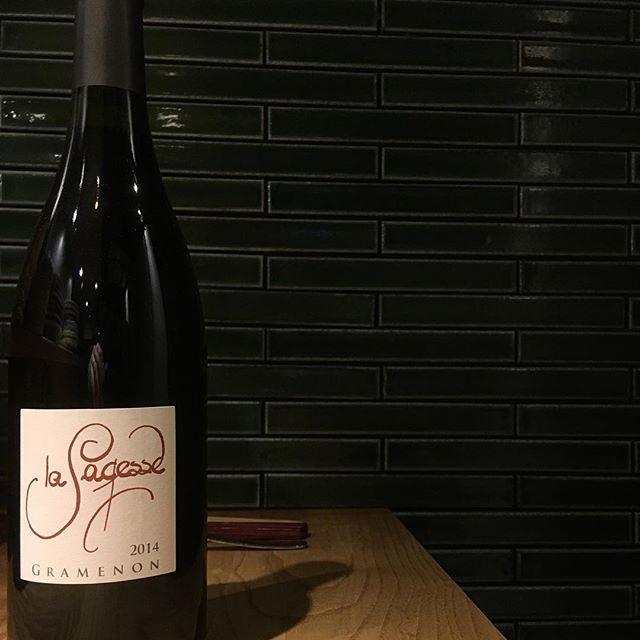 """@syokudo_tokiwa on Instagram: """"2019/03/14 木曜  先週も開けていたのですが、素晴らしかったので今週も。  こちらの蔵の影響を受けたィニュロンも多いとか。ドメーヌ グラムノン。今日はグラスワインで「サジェッス '14」をご用意。…"""" (15041)"""