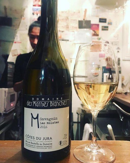 "winy.tokyo on Instagram: ""Savagnin Les Molates2016 / Domaine des Marnes Blanches (Géraud Fromont) - #Jura, #France (#Savagnin)  サヴァニャン ・レ・モラット 2016 / ドメーヌ…"" (15154)"