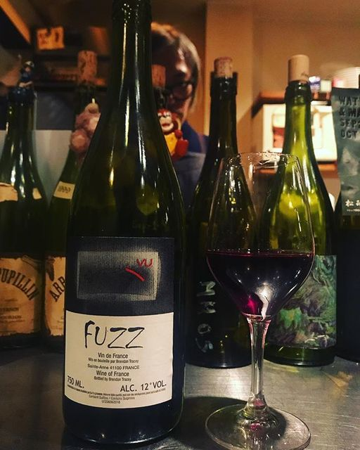 """winy.tokyo on Instagram: """"Fuzz 2014 / Domaine Le Clocher (Brendan Tracey) - #Loire, #France (#Gamay 70%, #Cot 30%) フュズ 2014 / ドメーヌ・ル・クロシェ (ブレンダン・トラセー)-…"""" (15193)"""