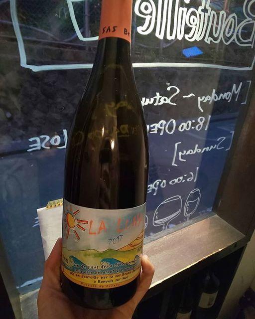 """WINE STAND Bouteille on Instagram: """"3/25月曜日OPENしましたー!  昨日のゲストスターたかみくん @takamimountain ありがとうございました!! 本日から 通常営業となります。 よろしくお願いします  La Luna/ Bruno Duchene Franc, Languedoc…"""" (15255)"""