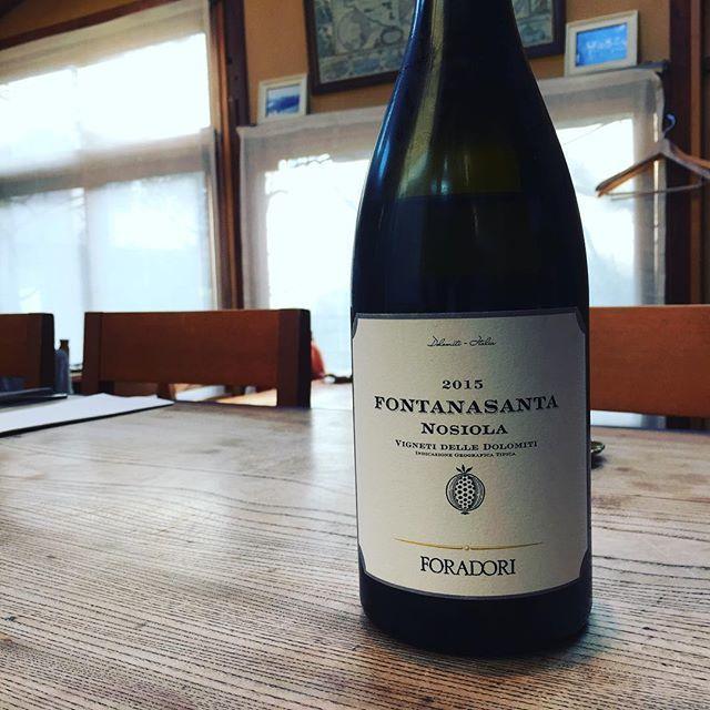 """Beau Temps on Instagram: """"乾いた風がお似合いなワイン。すんごいです、カウンター空いてますので是非に"""" (15329)"""