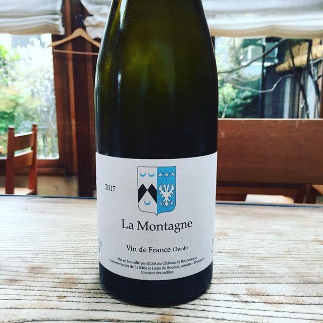 "Beau Temps on Instagram: ""エキス感が全面に出過ぎず、引き込まれるような美しい液体。細い線、透明感。早い時間空いてます!是非。#kamakura#hase#beautemps#wine#bio#nature"" (15588)"
