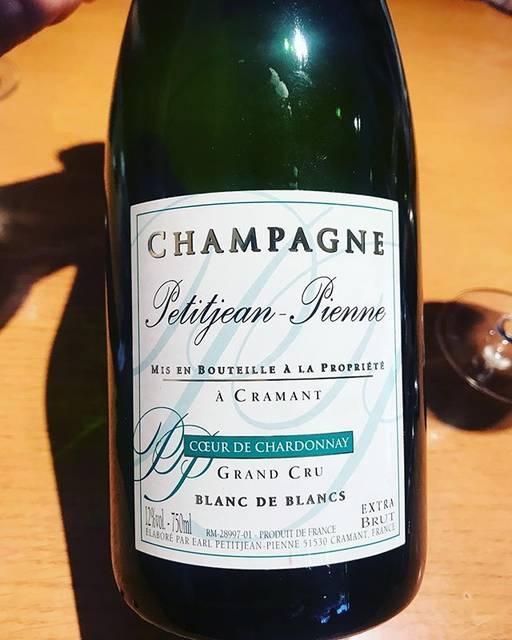 "winy.tokyo on Instagram: ""Champagnes Blanc de Balncs Brut NV / Petitjean Pienne - #Champagne, #France (#Chardonnay) シャンパーニュ・ブラン・ド・ブラン・ブリュット NV / プチジャン・ピエンヌ -…"" (15623)"