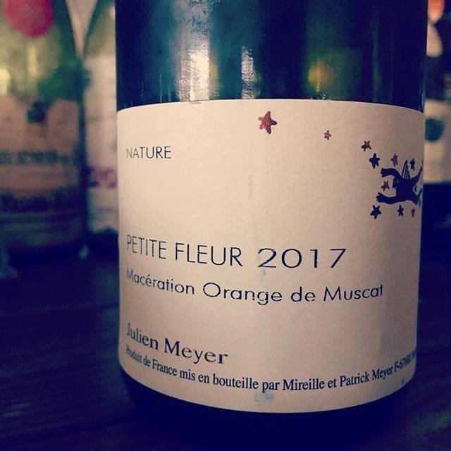 "nadja1963 on Instagram: ""ジュリアンメイエから待望のオランジュ。ミュスカ、まるで香水のよう。今宵はナジャ、1959開店です。#GWもナジャは通常営業、定休日4/30(火)のみ休みます。#julienmeyer#vinorange#winebarnadja#塚口ワイン #塚口#梅田から10分"" (15679)"