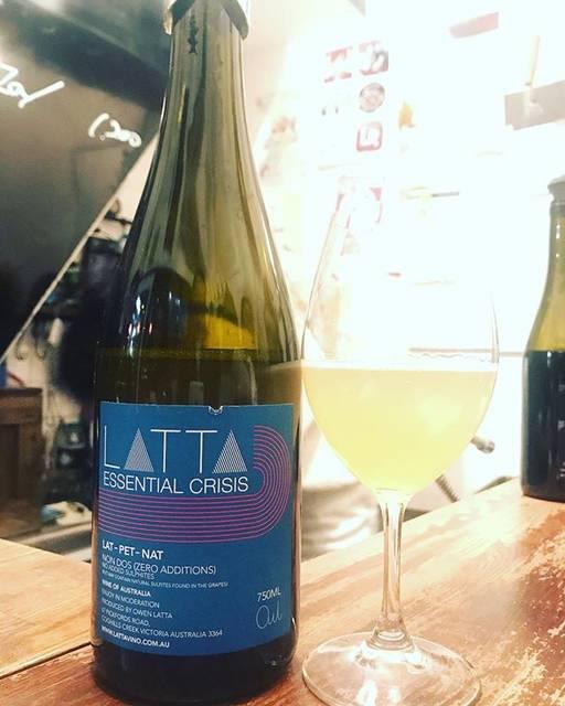 "winy.tokyo on Instagram: ""Essential Crisis 2017 / Latta Vino (Owen Latta) - #Victoria, #Australia (#SauvignonBlanc) エッセンシャル・クライシス 2017 / ラッタ・ヴィノ(オーウェン・ラッタ)-…"" (15694)"