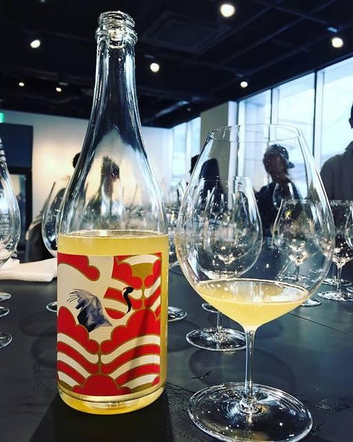 "winy.tokyo on Instagram: ""Aromatico Frizzante 2018 / Grape Republic (Kazuomi Fujimaki) - #Yamagata, #Japan (#Delaware 60%, #Niagara 31%, #ShineMuscat 9%)…"" (15723)"