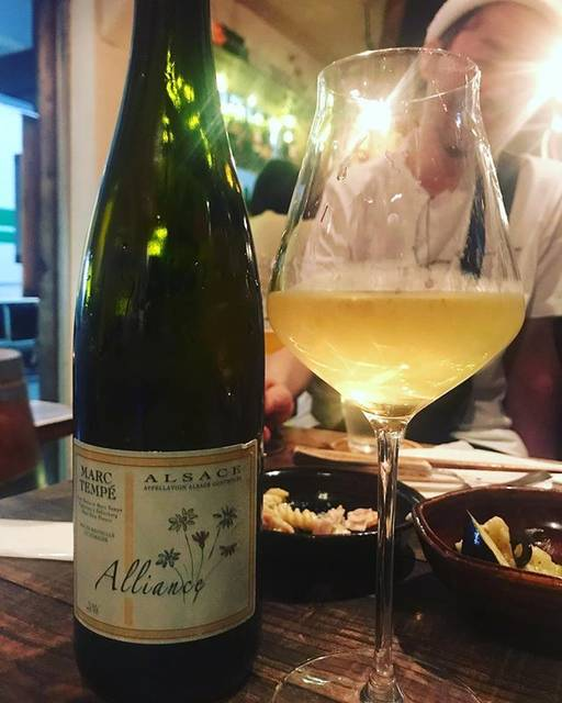 """winy.tokyo on Instagram: """"Alliance 2016 / Marc Tempe - #Alsace, #France (#PinotBlanc & #Auxerrois 30%, #Silvaner 25%, #Gewurtztraminer 20%, #Chasselas 10%, #Riesling…"""" (15813)"""