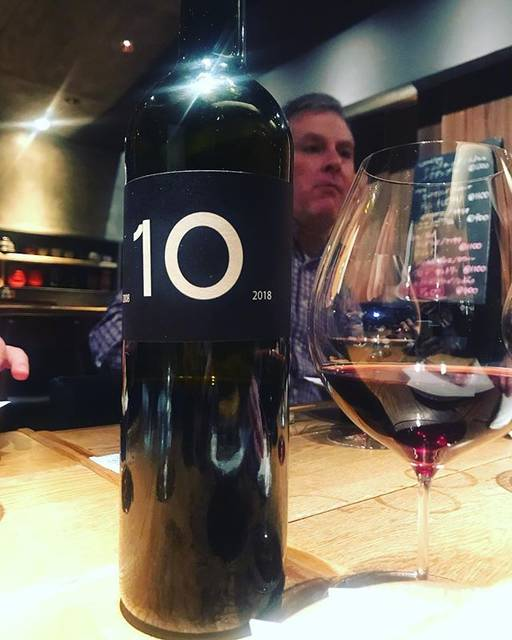 "winy.tokyo on Instagram: ""10 2017 / Jordi Llorens - #Catalonia, #Spain (#CabernetSauvignon, #GrenacheNoir, #Macabeu, etc.) テン 2017 / ジョルディ・ロレンス -…"" (15921)"