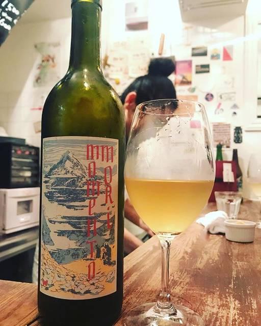 """winy.tokyo on Instagram: """"Staring At The Sun 2018 / Momento Mori Wines (Dane Johns) - #Victoria, Australia (#Vermentino, #Fiano, #Malvasia, #MuscatoGiallo)…"""" (16625)"""