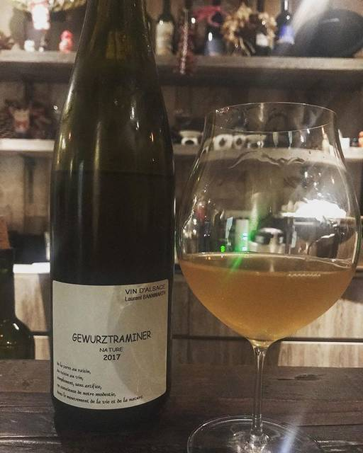 "winy.tokyo on Instagram: ""Gewurtztraminer 2017 / Laurent Bannwarth (Stephane Bannwarth) - #Alsace, #France (#Gewurtztraminer) ゲヴェルツトラミネール 2017 /…"" (16714)"