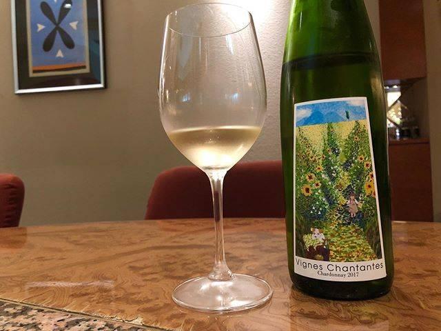 "love wine, love vin nature!! on Instagram: "". ようこそ札幌へ。 超忙しく放ったらかしでしたが… 宮本ヴィンヤードでおもてなし。 . Sudden guest from Tokyo. Welcome with Miyamoto Vinyard's Chardonnay. . #ヴィーニュシャンタント…"" (16957)"