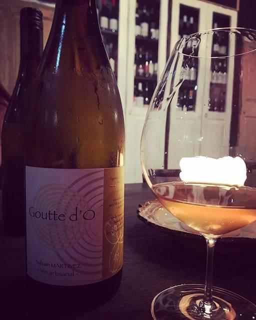 "winy.tokyo on Instagram: ""Goutte d'o 2013 / Sylvain Martinez - #Loire, #France (#CheninBlanc) グット・ドー 2013 / シルヴァン・マルティネズ - #フランス、#ロワール(#シュナンブラン) #winytokyo…"" (17111)"