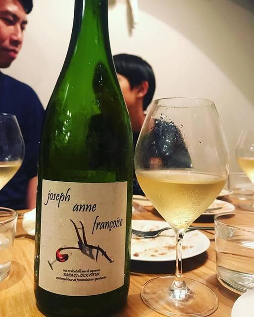 """winy.tokyo on Instagram: """"Joseph Anne Francoise 2017 / Les Vignes de Babass (Sebastien Dervieux) - #Loire, #France (#CheninBlanc) ジョセフ・アンヌ・フランソワーズ 2017 /…"""" (17427)"""