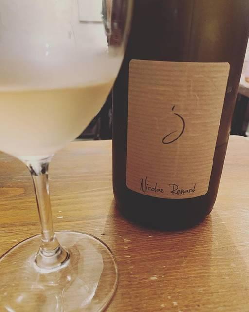 "WINE STAND Bouteille on Instagram: ""こんにちは @bouteille_wine_stand です 涼しいですねー でも明日からまた暑いんですよー 夏好きの方はよかったですね! またダラダラ汗かけますよー! 今宵は秋風味営業です。 よろしくお願いします。 #大ちゃんデーです #NicolasRenard…"" (17675)"