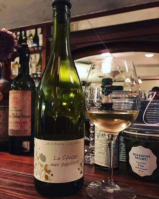 "winy.tokyo on Instagram: ""La Chasse Aux Papillons 2016 / Jerome Jouret- #Rhone, #France (#SauvignonBlanc) ラ・シャス・オ・パピヨン 2016 / ジェローム・ジュレ - #フランス、#ローヌ(#ソーヴィニョンブラン)…"" (17746)"