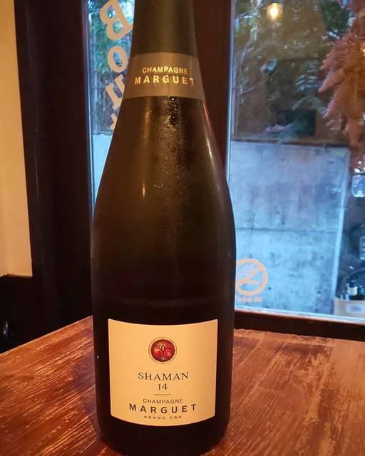 """WINE STAND Bouteille on Instagram: """"9/2 月曜日  OPENしました!  シャンパン開いてます✨ 一週間のはじまりに美味しいシャンパンなんていかがでしょうか?  今週もよろしくお願いします!  Marguet Shaman 14 France, Champagne Pinot Noir ,Chardonnay…"""" (17764)"""