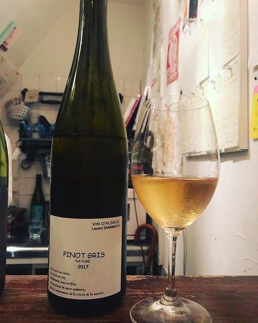 "winy.tokyo on Instagram: ""Pinot Gris Nature 2017 / Laurent Bannwarth - #Alsace, #France (#PinotGris) ピノ・グリ・ナチュール 2017 / ローラン・バーンワルト - #フランス、#アルザス(#ピノグリ) #winytokyo…"" (18307)"