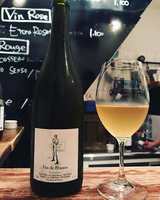 "winy.tokyo on Instagram: ""Sauvignon 2017 / Vini Viti Vinci (Nicolas Vauthier) - #Bourgogne, #France (#SauvignonBlanc) ソーヴィニョン 2017 / ヴィ二・ヴィティ・ヴィンチ(ニコラ・ヴォーティエ)-…"" (18349)"