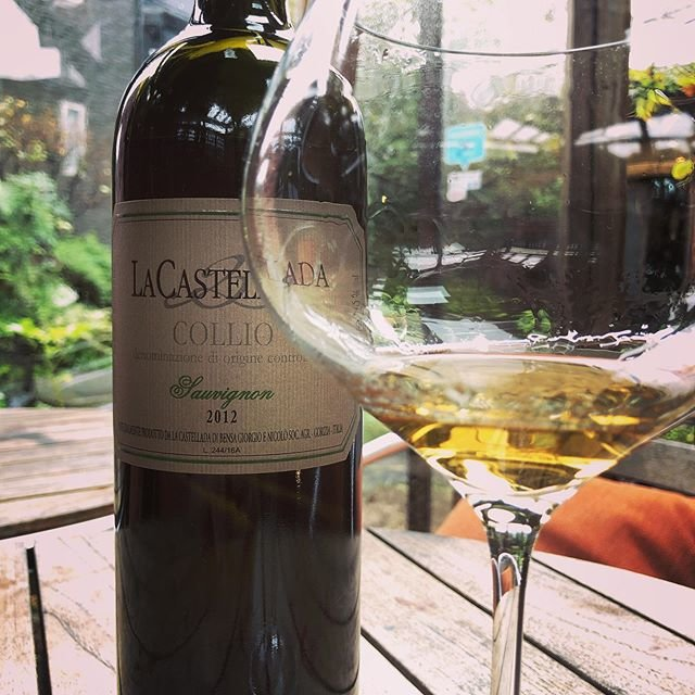 "Beau Temps on Instagram: ""雨の香りと冷たい風 それとカステッラーダ  最高に美味しい  今日も元気によろしくお願いします!  #beautemps #ボータン  #鎌倉 #kamakura #wine #ワイン #自然派ワイン #vinnaturel #vininaturale #Bistro…"" (18450)"