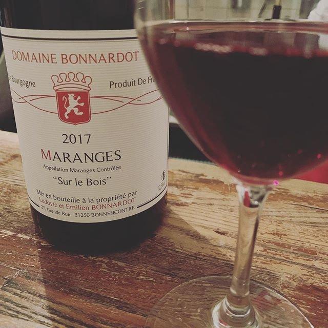 """WINE STAND Bouteille on Instagram: """"こんばんは@bouteille_wine_stand です本日もオープンしたおります。#大ちゃんデーですよ よろしくお願いします。#おいしいワインあります"""" (18831)"""
