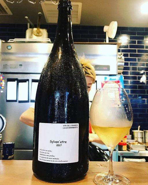 "winy.tokyo on Instagram: ""Sylvan'etre 2017 magnum / Laurent Bannwarth (Stephane Bannwarth) - #Alsace, #France (#Sylvaner)  シルヴァン・ネトル 2017 マグナム /…"" (19032)"