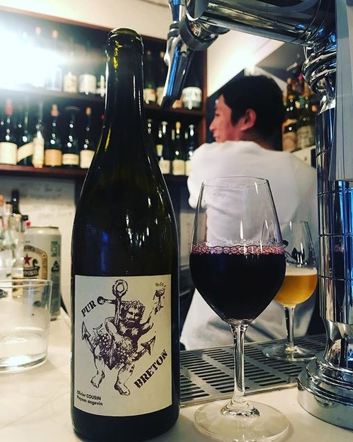"winy.tokyo on Instagram: ""Pur Breton 2016 / Olivier Cousin - #Loire, #France (#CabernetFranc) ピュール・ブルトン 2016 / オリヴィエ・クザン - #フランス、#ロワール(#カベルネフラン) #winytokyo…"" (19054)"