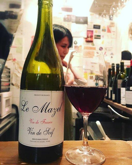 "winy.tokyo on Instagram: ""Vin de Soif 2016 / Le Mazel (Gerald Oustric) - #Rhone, #France (#Grenache, #Carignin) ヴァン・ド・ソワフ 2016 / ル・マゼル(ジェラルド・ウスリック)-…"" (19062)"