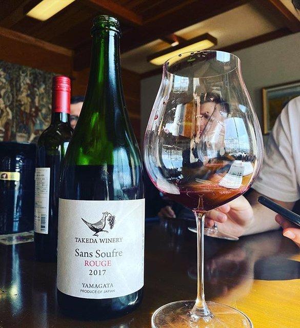 "winy.tokyo on Instagram: ""Sans Soufre Rouge 2019 - Takeda Winery (Noriko Kishidaira) - #Yamagata, #Japan (#MuscatBaileyA) サン・スフル・ルージュ 2019 / タケダ・ワイナリー(岸平典子)-…"" (19493)"