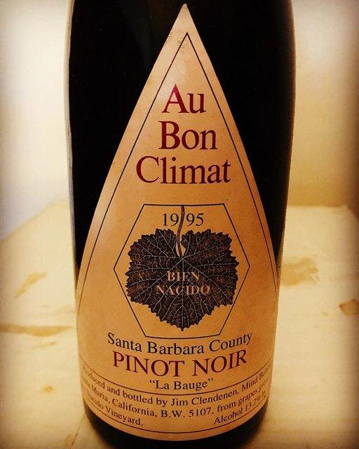 """nadja1963 on Instagram: """"オーボンクリマ、ビエンナシード """"ラ バージュ"""" ピノ ノワール1995年。カリフォルニア ピノの24 年熟成。一世を風靡したABC。さて。以前カレラのスタンダードのピノの熟成に感動したことが。。ワインのご予約お待ちしてます。今宵もナジャ、ぼちぼち開門いたします。…"""" (19553)"""