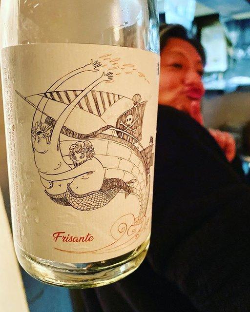 """winy.tokyo on Instagram: """"Frisante Blanc 2017 / Francois Saint Lo - #Loire, #France (#CheninBlanc) フリザンテ 2017 / フランソワ・サン・ロ - #フランス、#ロワール(#シュナンブラン) #winytokyo…"""" (19645)"""