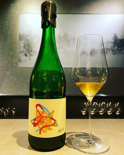 "winy.tokyo on Instagram: ""Why Try So Hard? 2018 / Jauma (James Erskine) - #SouthAustralia, #Australia (#Muscat 45%, #CheninBlanc 45%, #Shiraz 10%) 無理しないで 2018 /…"" (20351)"