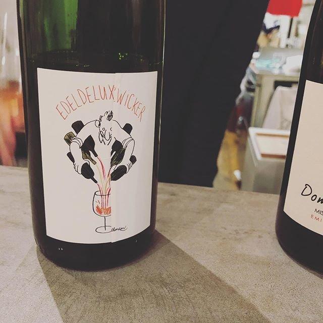 """Beau Temps on Instagram: """"本日もよろしくお願いします! お席たくさんあります!  #beautemps #ボータン  #鎌倉 #kamakura #wine #ワイン #自然派ワイン #vinnaturel #vininaturale #Bistro #ビストロ #フレンチ #居酒屋…"""" (20398)"""