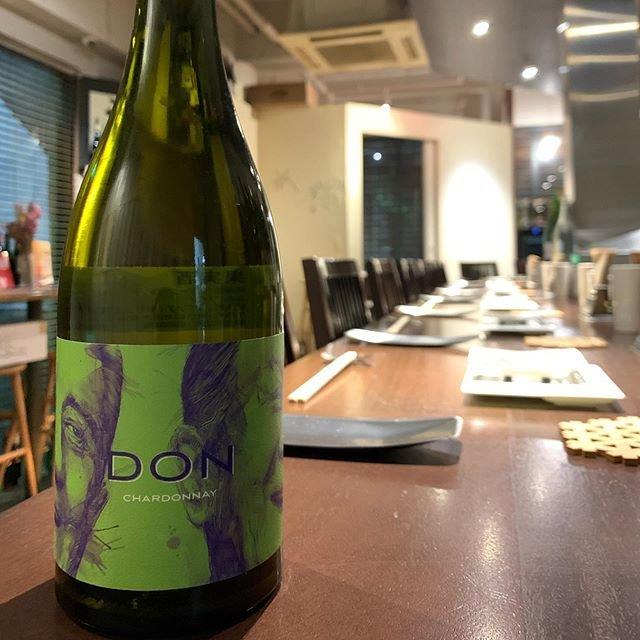 """串かつayano on Instagram: """"《DON Chardonnay 2018》 NZよりAlex Craighead 《DON》と《Kindeli》のワインレーベルをもつAlex、こちらは《DON》はコンセプトを『最高のPinotを作る』から『最高のBourgogne品種のワインを作る』にスイッチ。…"""" (20652)"""