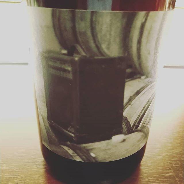 """C'est bien on Instagram: """"ローヌの鬼才、アド・ヴィヌムのカリニャン主体の優しい赤。アンプという名前のワイン。出走を終えぎこちない動きの店主とともにお待ちしています。#2月のお休みは5,11,12,19,27#2月25日ナチュラルワイン生産者の映画上映イベントチケット発売中"""" (20835)"""