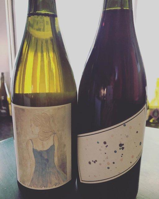 """winestand_№2(ワインスタンド ニュメロ・ドゥ) on Instagram: """"Musique, vin et.. avant les vacances 2020.3.23(月) ワインスタンド ニュメロドゥは 17:35〜24:00Lo グラス1杯から気軽にどーぞ❗️ ーーお知らせーー 3月は 24(火) 31(火) 休むつもり。変更あるかもですが。…"""" (21932)"""