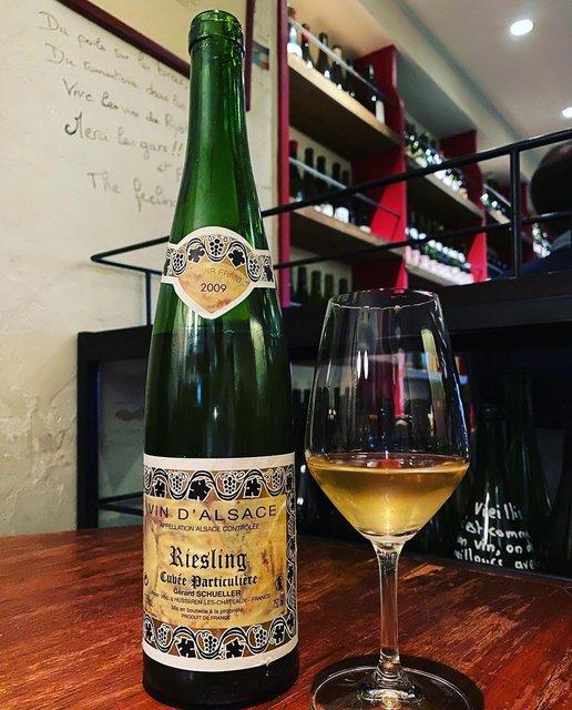 """winy.tokyo on Instagram: """"Riesling Cuvée Particulière 2009 / Gerard Schueller (Bruno Schueller) - #Alsace, #France (#Riesling) リースリング・キュヴェ・パルティキュリエール 2009 /…"""" (22327)"""