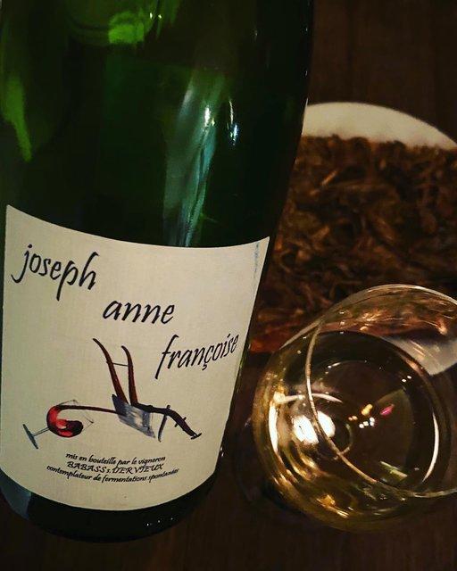 """winy.tokyo on Instagram: """"Joseph Anne Francoise 2015 / Les Vignes de Babass (Sebastien Dervieux) - #Loire, #France (#CheninBlanc) ジョセフ・アンヌ・フランソワーズ 2015 /…"""" (22541)"""