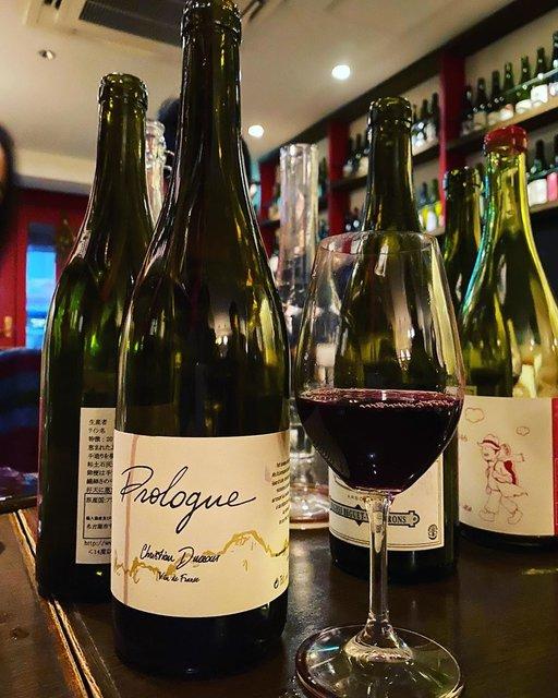 "winy.tokyo on Instagram: ""Prologue 2018 / Christian Ducroux - #Beaujolais, #France (#Gamay) プロローグ 2018 / クリスチャン・デュクリュー - #フランス、#ボジョレー(#ガメイ) #winytokyo #vinnature…"" (22893)"