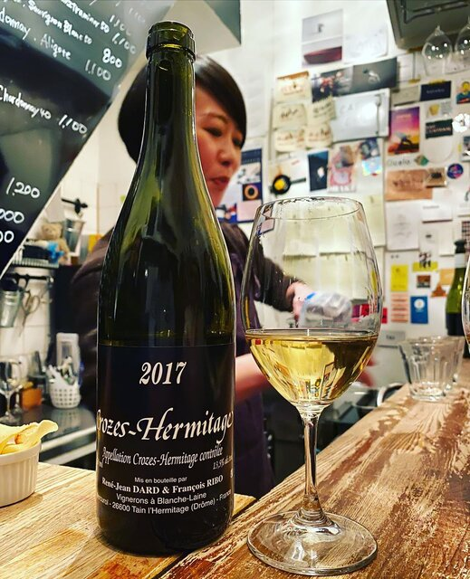 "winy.tokyo on Instagram: ""Crozes Hermitage Blanc 2017 / Dard et Ribo (René Jean Dard et Francois Ribo) - #Rhone, #France (#Rousanne, #Marsanne) クローズ・エルミタージュ・ブラン 2017…"" (22957)"