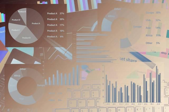 『消費者のデジタルシフト調査レポート 2019』ネットとリアル店舗の両方を使う傾向が高いのは「洋服・靴・鞄」