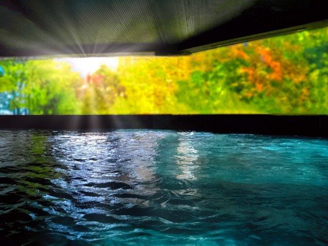 大浴場にLEDビジョンでデジタル空間演出 日本初上陸のインターコンチネンタルホテルズグループで実施