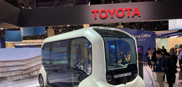 NTTとトヨタ自動車、業務資本提携に合意 「スマートシティ」の推進を目指す