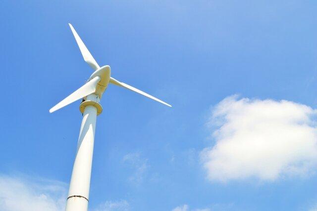 関西電力、ドローンとAI画像解析の活用による洋上風力設備の運用・維持管理技術の研究を開始