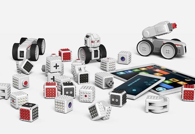 +Style、ブロック型組立ロボット「MAUNZI」を取り扱い開始 レゴブロックとの互換性もあり