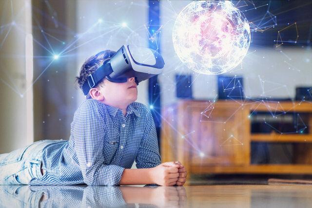 VRとは?ビジネスでも活用できる機能をご紹介