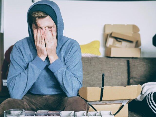 テレワークでストレスが生じる原因と軽減する方法について解説