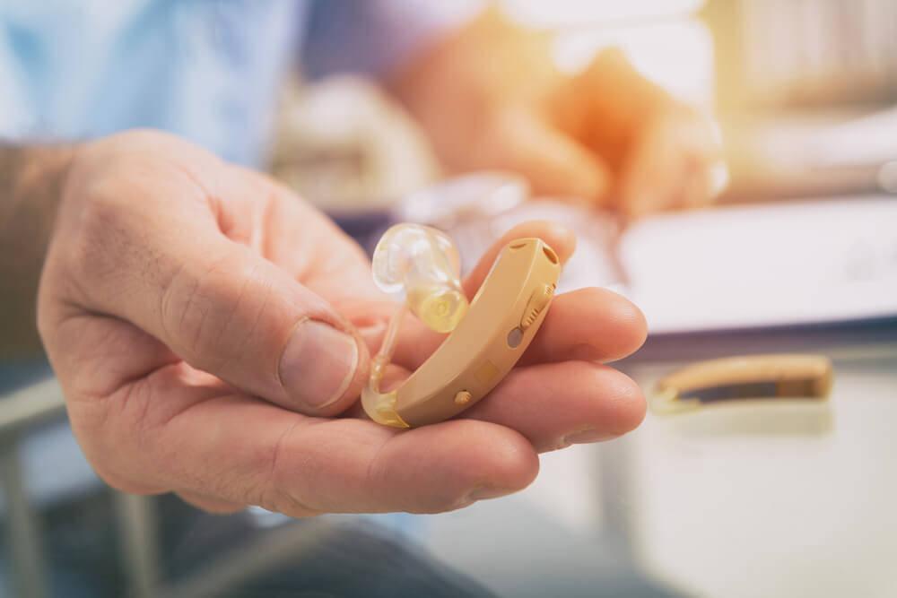 失敗しない補聴器の選び方&お値段の理由